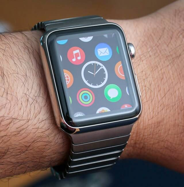 Apple iWatch First Hands On