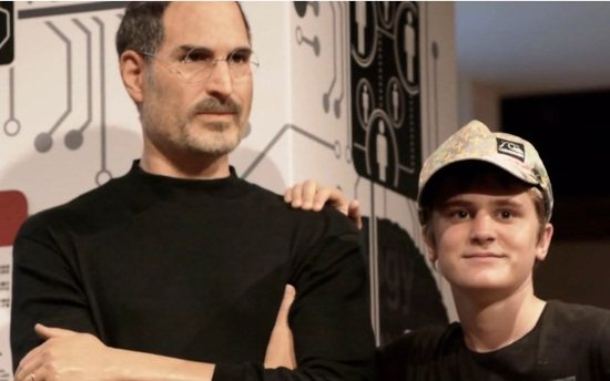 Madame Tussauds wax figure steve jobs