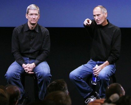 steve jobs and tim cook apple ceo